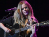 Avril Lavigne ilk  TikTok çıkışını  Tony Hawk ile yaptı
