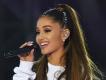 Ariana Grande '34+35' in remixinin tanıtımını yaptı.