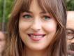 Dakota Johnson rezarvasyon yaptırmak için George Clooney'in adını kullandığını itiraf etti.