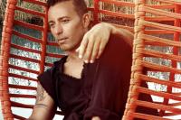 Mustafa Sandal'dan Yeni Şarkı Sürprizi!
