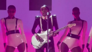Janelle Monae - Make Mee Feel