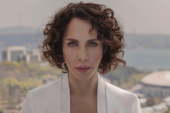 Sertab Erener'den Yeni Şarkı 'Belki De Dönerim'