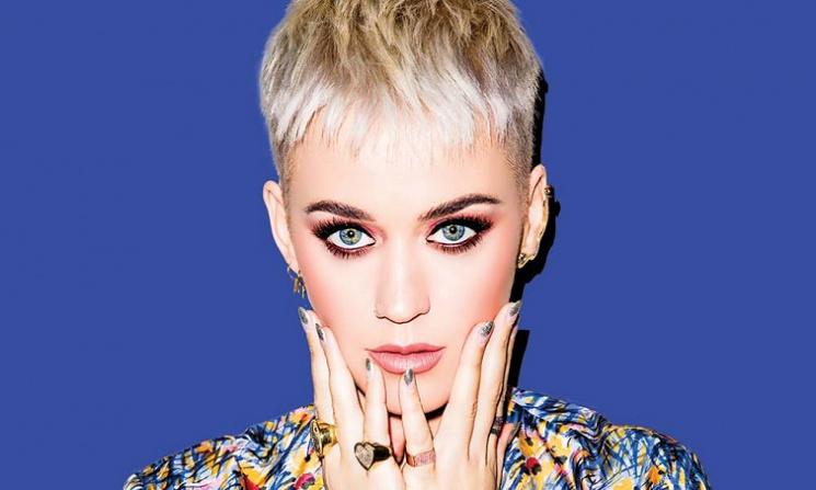 Katy Perry'nin yeni albümü ertelendi.