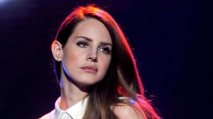 Lana Del Rey yeni şarkısını müzikseverlerle buluşturdu.