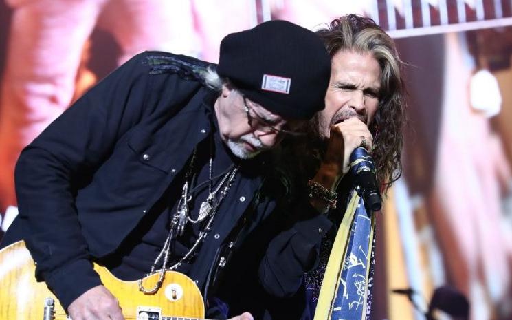 Aerosmith yeni bir albüm kaydedecek.