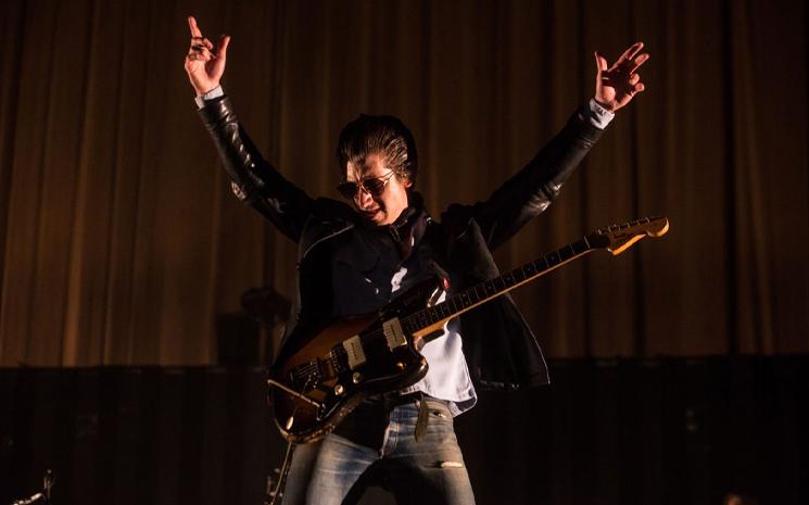 Arctic Monkeys, Meksika konserini kısa film tadında bir belgeselle paylaştı.