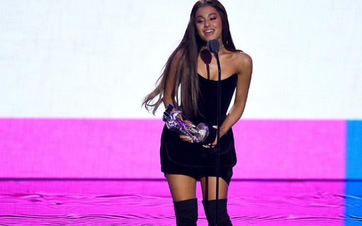 Ariana Grande klibi Youtube'da rekor kırdı