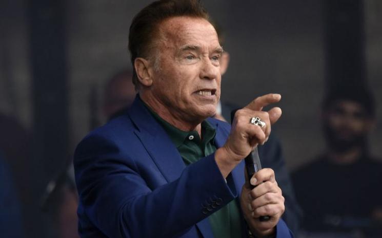 Arnold Schwarzenegger kendi şovunu başlatıyor.