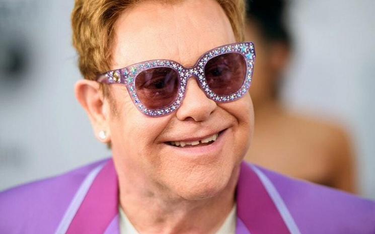 Elton John gündeme şaşırdı!