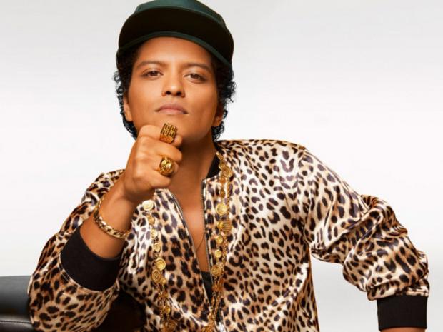 Bruno Mars, Rihanna'nın markasına model olmak istiyor.
