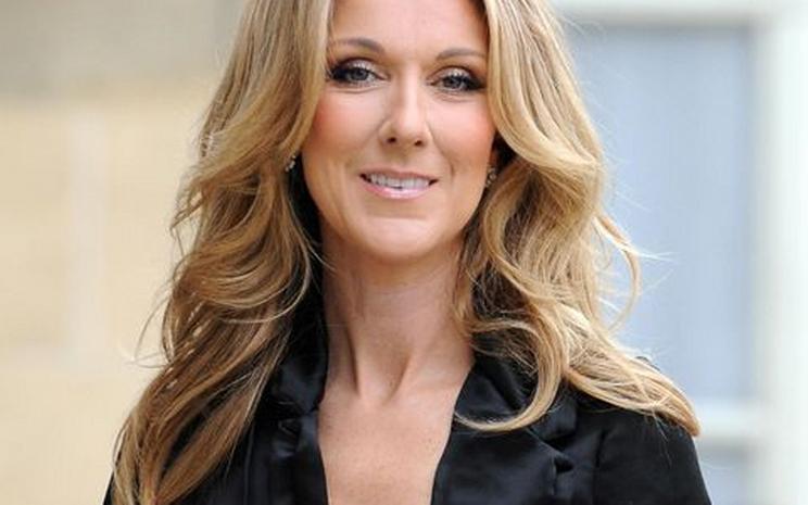Celine Dion'un yeni albümü  'Courage' Amerika albüm listesinde zirvede.