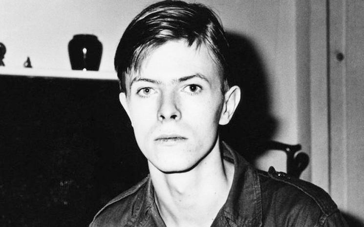 David Bowie yeni bir albüm hayranlarıyla buluşmaya hazırlanıyor.