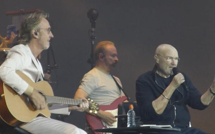 Phil Collins Berlin'de konser verdi.