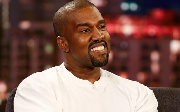 Kim Kardashian ve Kanye West değişik videolar paylaşmaya devam ediyor