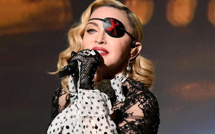 Madonna 9.kez 1 numara olmayı başardı.