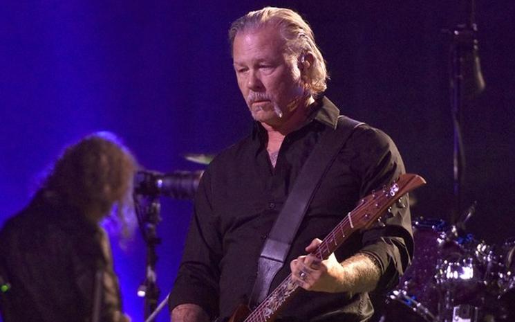 Metallica gelecek turnesini erteledi.