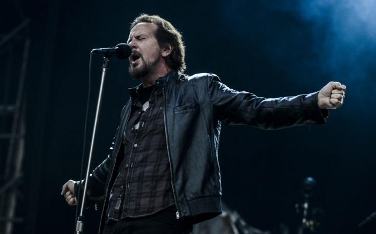 Pearl Jam albüm sinyali verdi.