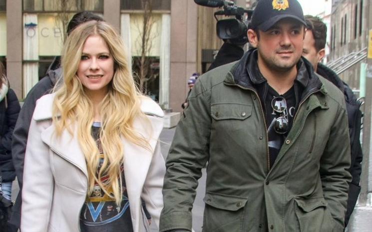 Avril Lavigne Phillip Sarofim'den ayrıldı