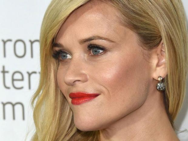 Reese Witherspoon'un oğlundan ilk şarkı geldi.