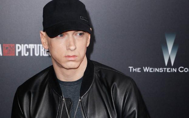 Eminem sosyal medyada eleştiriliyor.