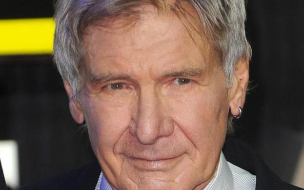 Disney, Indiana Jones film serisinin beşincisini bir yıl geç vizyona sokacak.