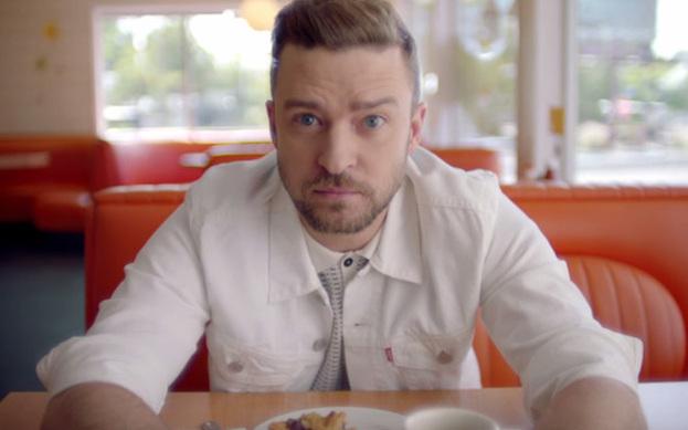 """Justin Timberlake'in \""""Can't Stop The Feeling\"""" isimli şarkısına çekilen klibin müziksiz versiyonu pay"""