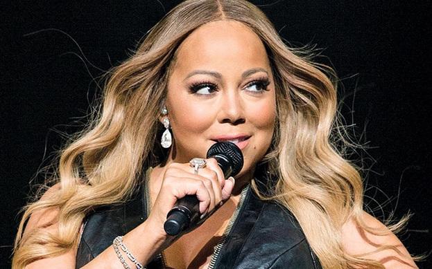 Mariah Carey hayranları için hediyelik eşya tarzı ürünlerin satıldığı bir site açtı.