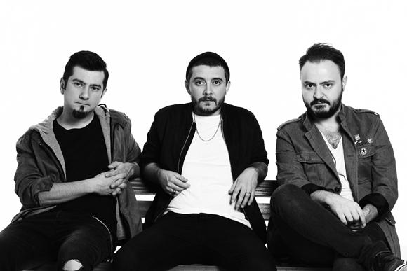Seksendört'ten Yeni Şarkı: Kendimi Kandıramam